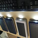 Aedon 超大容量20000mAh モバイルバッテリーのライトが点灯したままで消えない場合